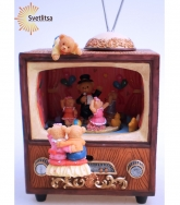 """Музыкальная шкатулка """"Мишки Тедди смотрят Телевизор"""""""